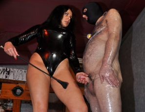 Mistress Carly porn